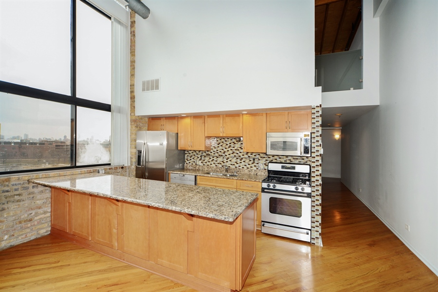 Real Estate Photography - 2614 N Clybourn, 408, Chicago, IL, 60614 - Kitchen