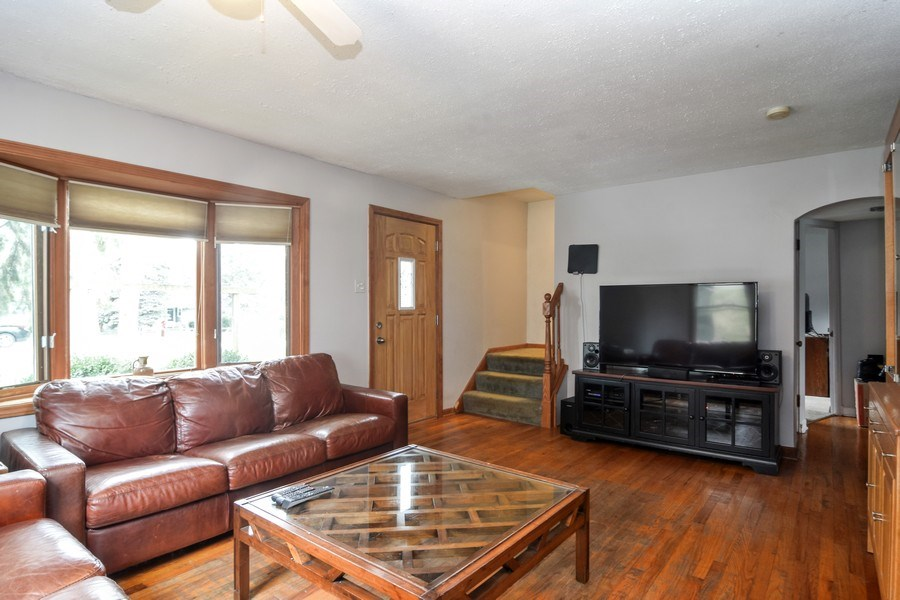 Real Estate Photography - 729 Warren, Palatine, IL, 60074 - Living Room