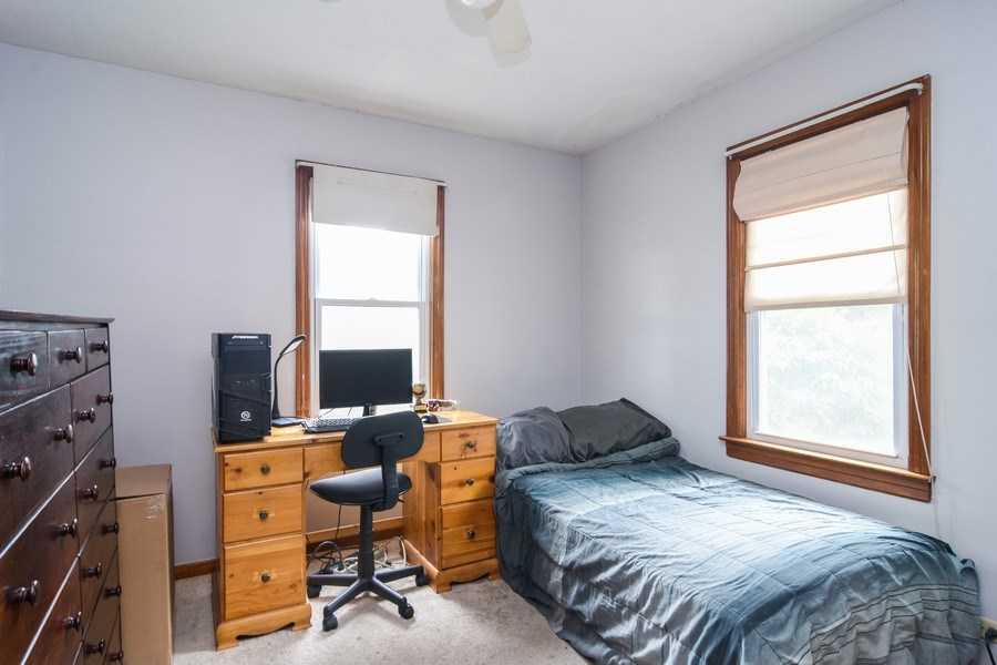 Real Estate Photography - 729 Warren, Palatine, IL, 60074 - Bedroom