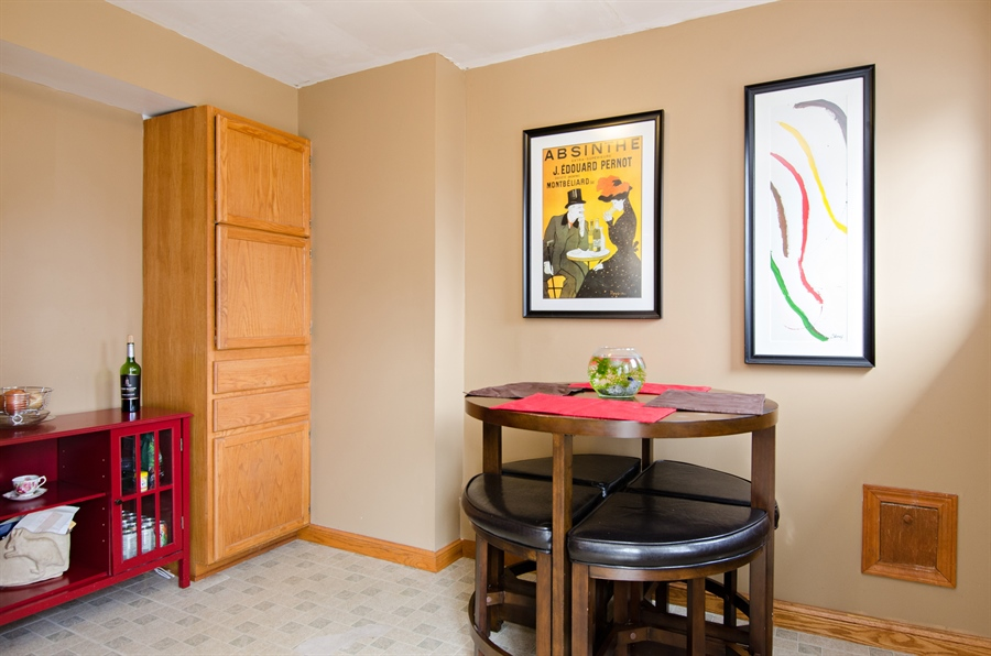 Real Estate Photography - 729 Warren, Palatine, IL, 60074 - Breakfast Area