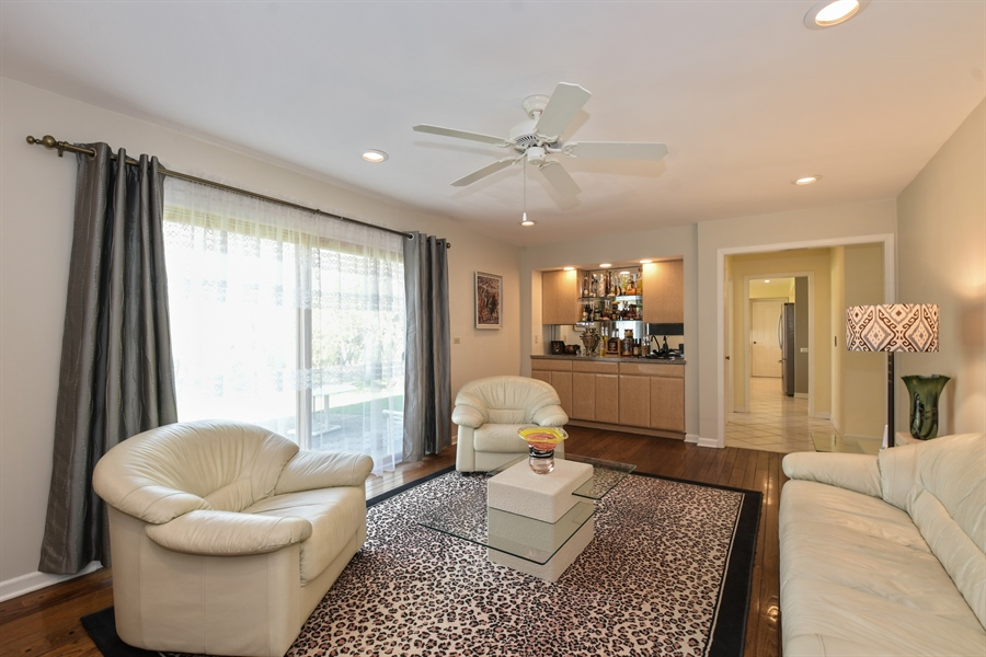 Real Estate Photography - 1910 Landwehr, Northbrook, IL, 60062 - Family Room