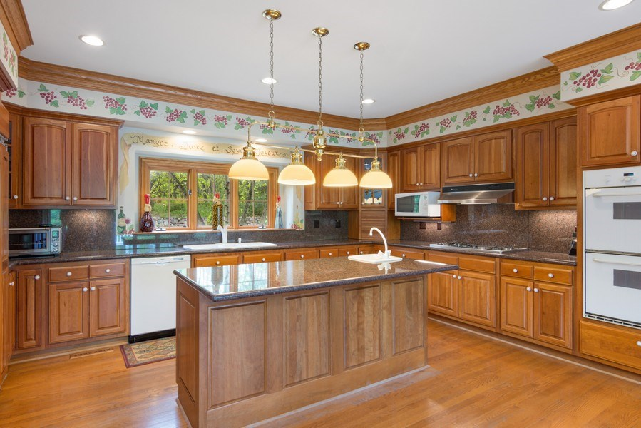 Real Estate Photography - 26709 N Countryside Lake Dr, Mundelein, IL, 60060 - Kitchen