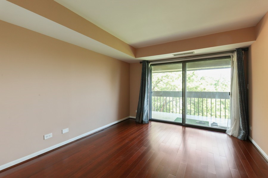 Real Estate Photography - 1621 Mission Hill, Unit 508, Northbrook, IL, 60062 - 3rd Bedroom