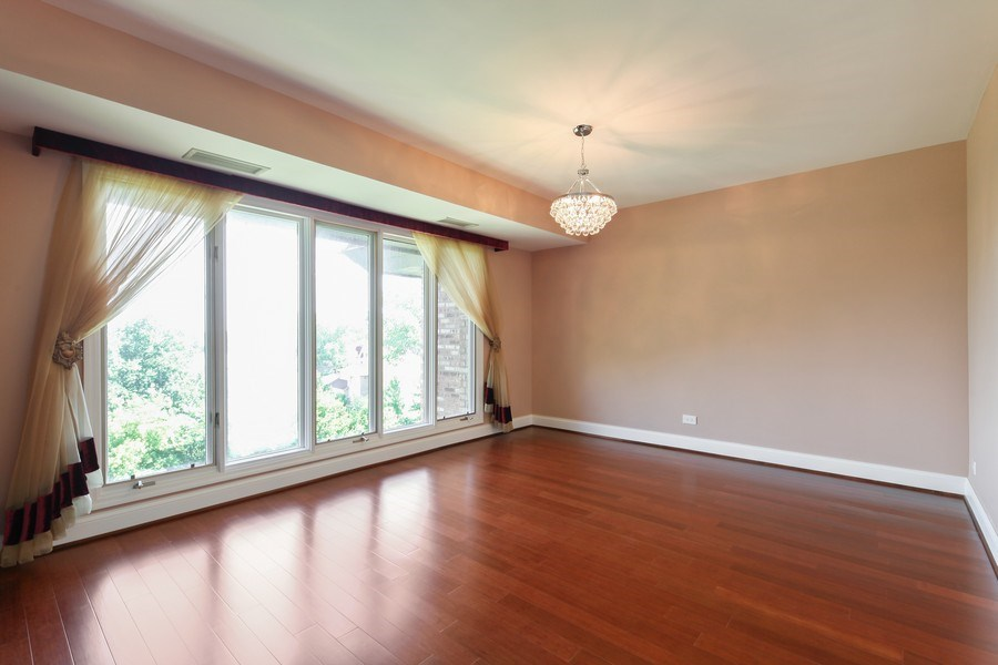 Real Estate Photography - 1621 Mission Hill, Unit 508, Northbrook, IL, 60062 - Dining Area
