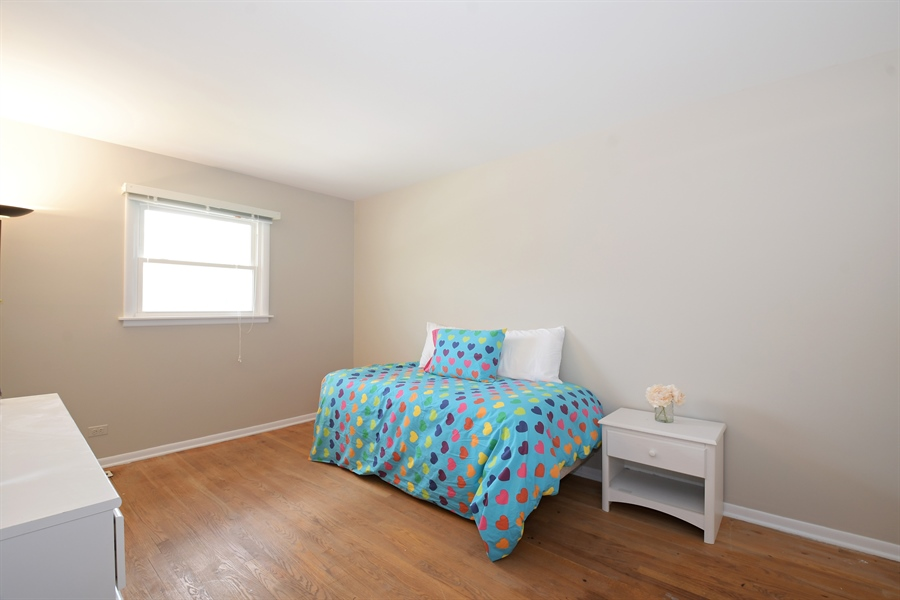 Real Estate Photography - 1635 We Go Trl, Deerfield, IL, 60015 - 2nd Bedroom