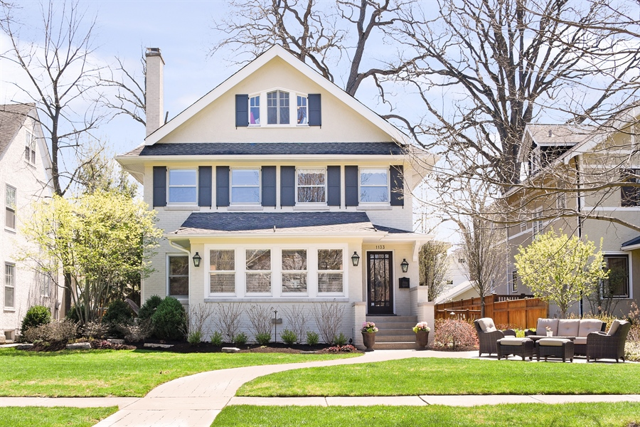 Real Estate Photography - 1133 Ashland, Wilmette, IL, 60091 - Front Exterior View