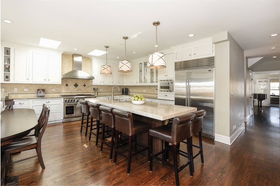 Real Estate Photography - 1133 Ashland, Wilmette, IL, 60091 - Kitchen View