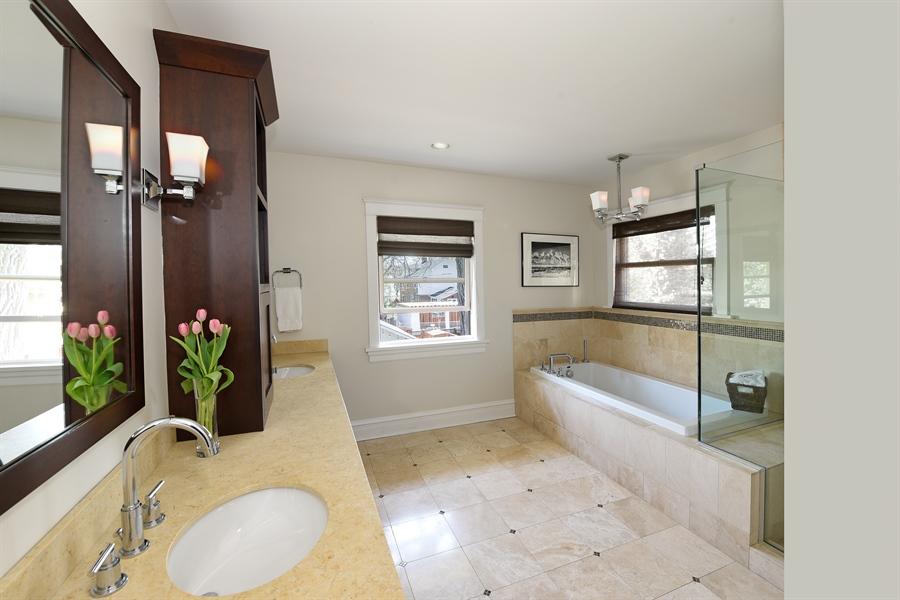 Real Estate Photography - 1133 Ashland, Wilmette, IL, 60091 - Master Bathroom