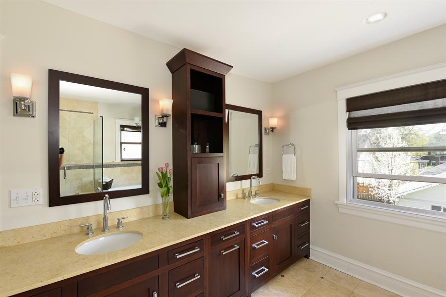 Real Estate Photography - 1133 Ashland, Wilmette, IL, 60091 - Master Bath View