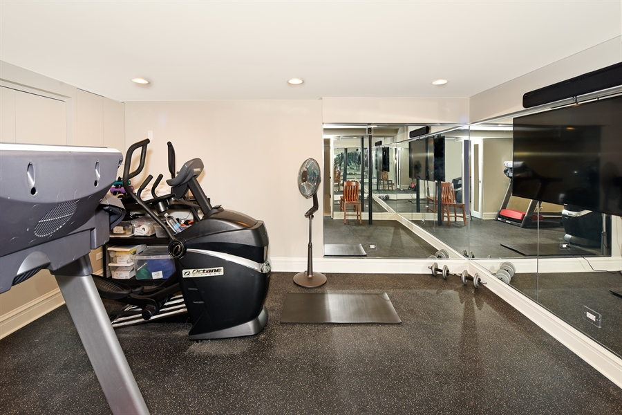 Real Estate Photography - 1133 Ashland, Wilmette, IL, 60091 - Exercise Room