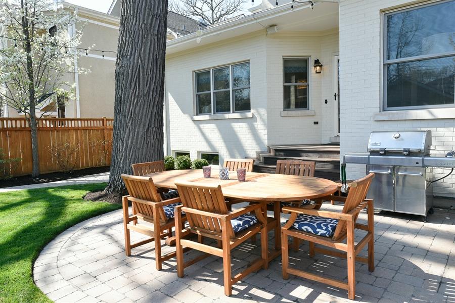 Real Estate Photography - 1133 Ashland, Wilmette, IL, 60091 - Backyard Patio View