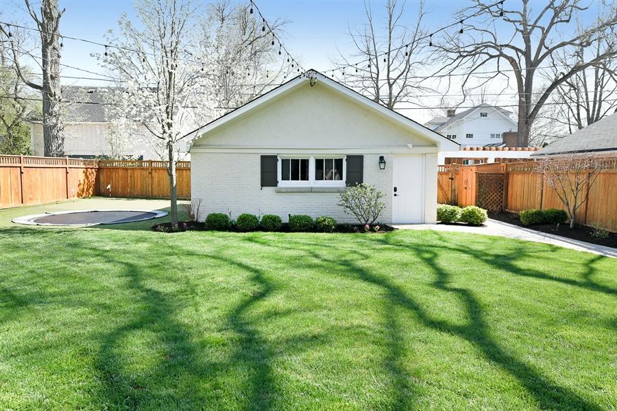 Real Estate Photography - 1133 Ashland, Wilmette, IL, 60091 - Detached Garage