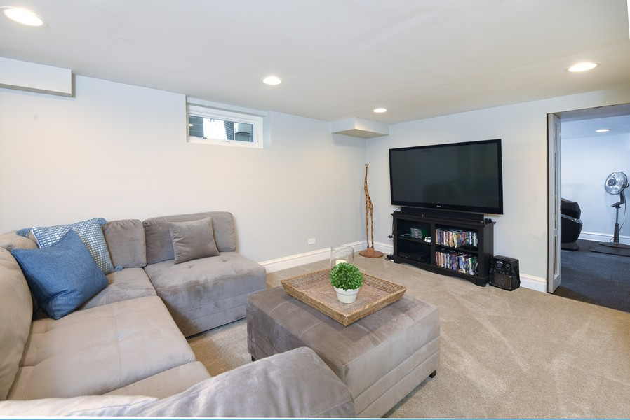 Real Estate Photography - 1133 Ashland, Wilmette, IL, 60091 - Lower Level 2nd Family Room