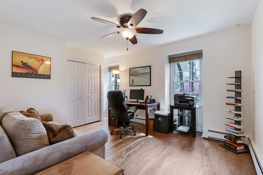 Real Estate Photography - 586 Meadowood Dr, Lake Forest, IL, 60045 - 3rd Bedroom