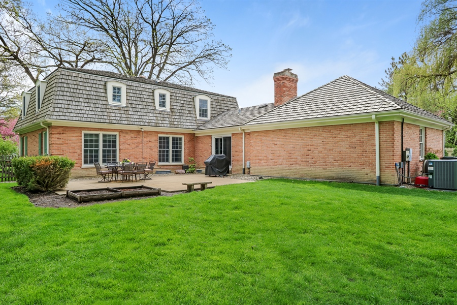 Real Estate Photography - 586 Meadowood Dr, Lake Forest, IL, 60045 - Rear View