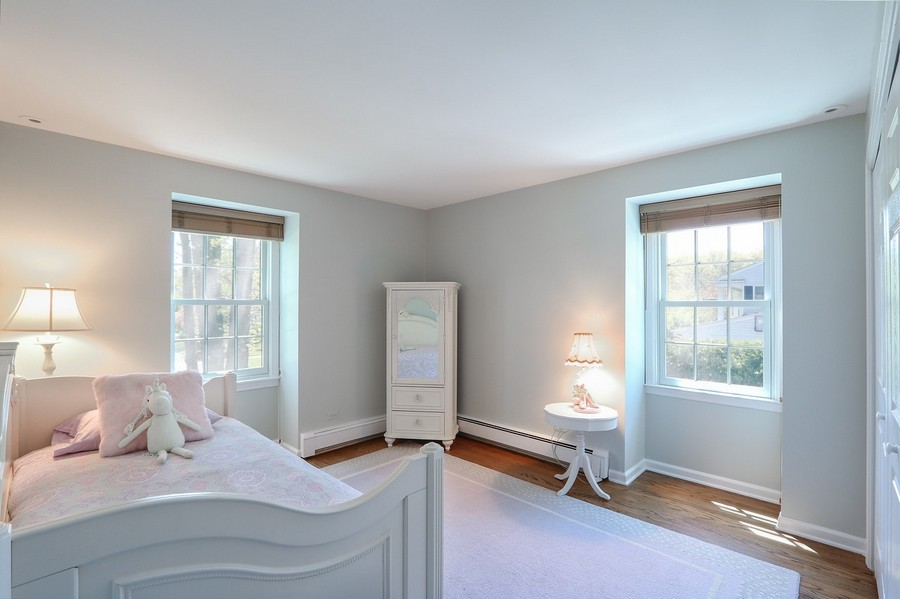 Real Estate Photography - 586 Meadowood Dr, Lake Forest, IL, 60045 - 4th Bedroom