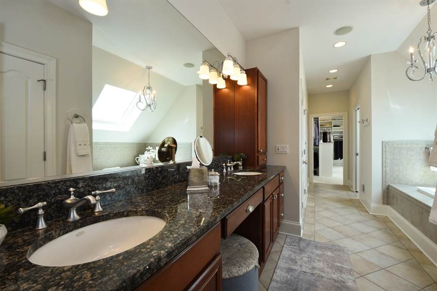Real Estate Photography - 9 Hubbell Ct, Barrington Hills, IL, 60010 - Master Bathroom