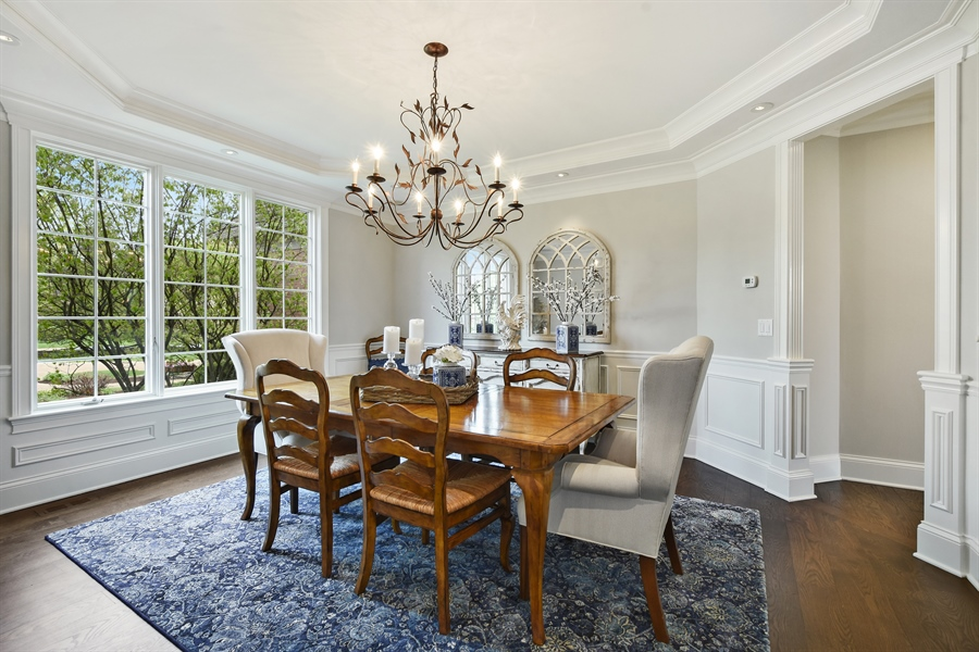 Real Estate Photography - 9 Hubbell Ct, Barrington Hills, IL, 60010 - Dining Room