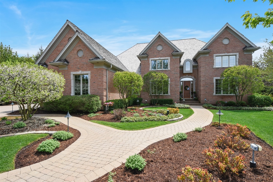 Real Estate Photography - 9 Hubbell Ct, Barrington Hills, IL, 60010 - Front View