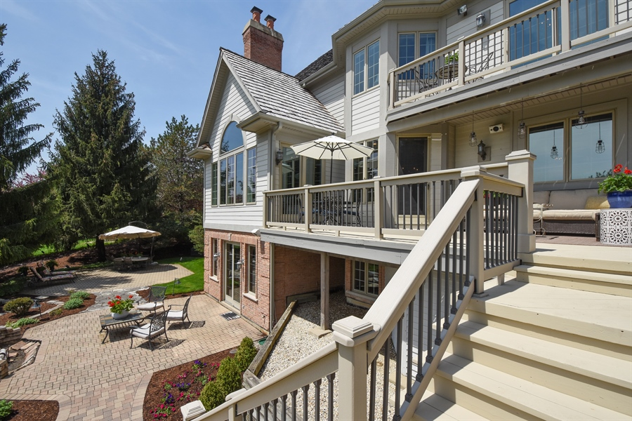 Real Estate Photography - 9 Hubbell Ct, Barrington Hills, IL, 60010 - Rear View