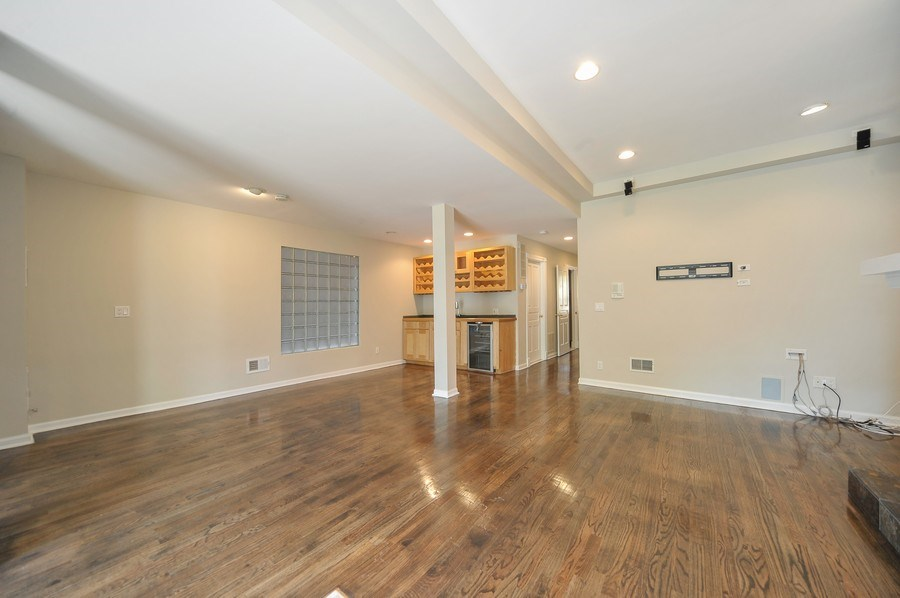 Real Estate Photography - 2127 W School St, Chicago, IL, 60618 - Family Room