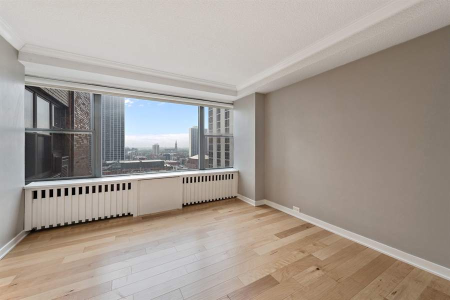 Real Estate Photography - 1540 N State St, Unit 15B, Chicago, IL, 60610 - Master Bedroom