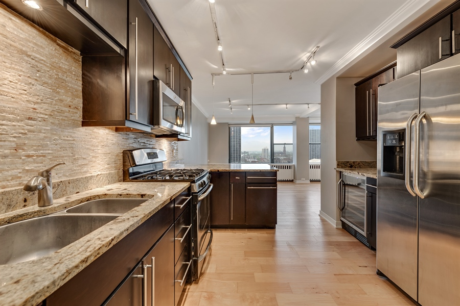 Real Estate Photography - 1540 N State St, Unit 15B, Chicago, IL, 60610 - Kitchen