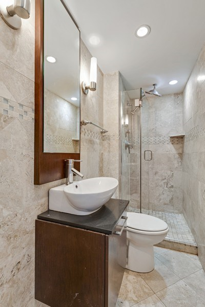 Real Estate Photography - 1540 N State St, Unit 15B, Chicago, IL, 60610 - 2nd Bathroom
