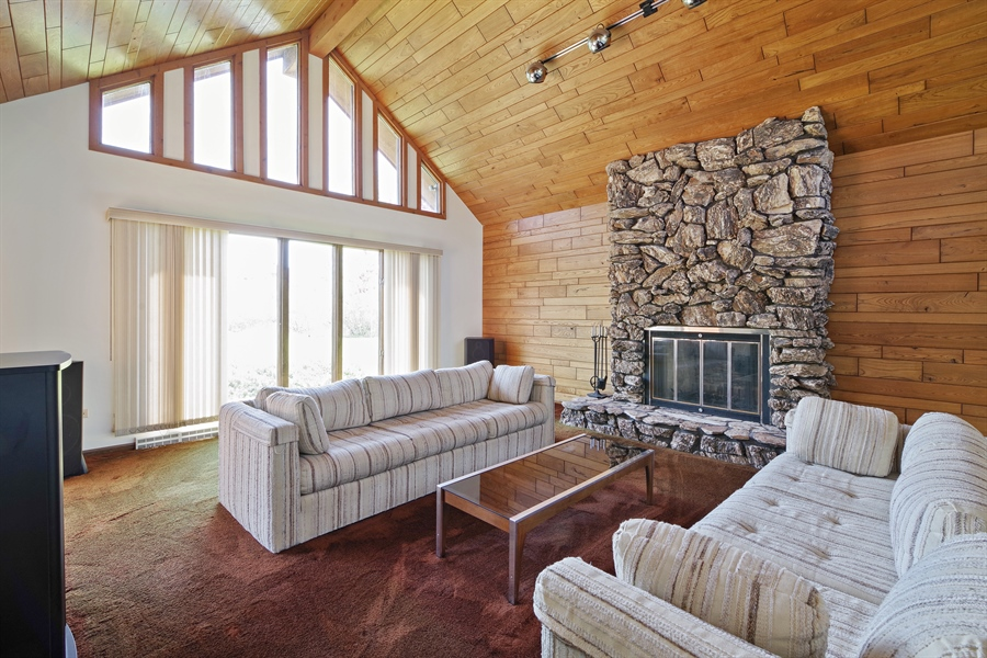 Real Estate Photography - 14405 w Jody Lane, Wadsworth, IL, 60083 - Family Room
