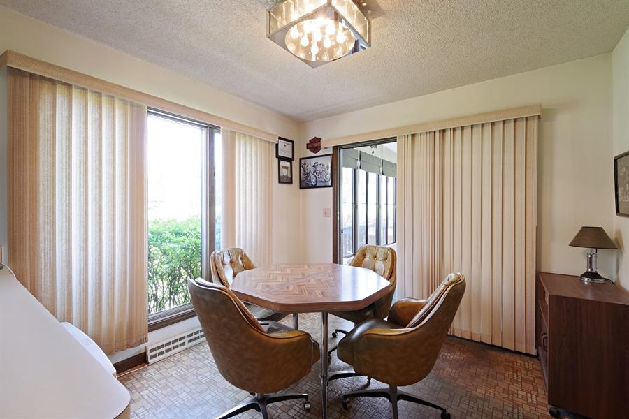 Real Estate Photography - 14405 w Jody Lane, Wadsworth, IL, 60083 - Kitchen / Breakfast Room
