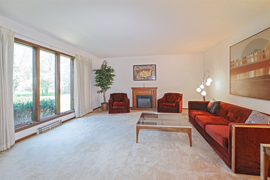 Real Estate Photography - 14405 w Jody Lane, Wadsworth, IL, 60083 - Living Room