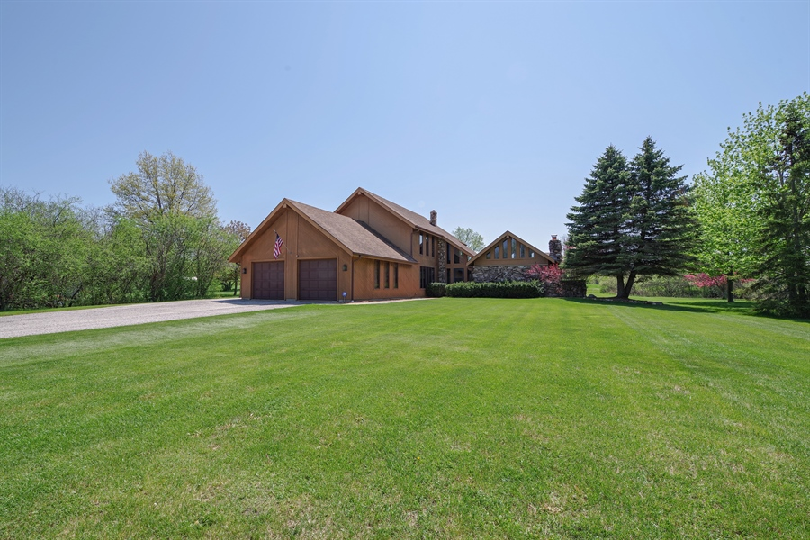 Real Estate Photography - 14405 w Jody Lane, Wadsworth, IL, 60083 - Front View