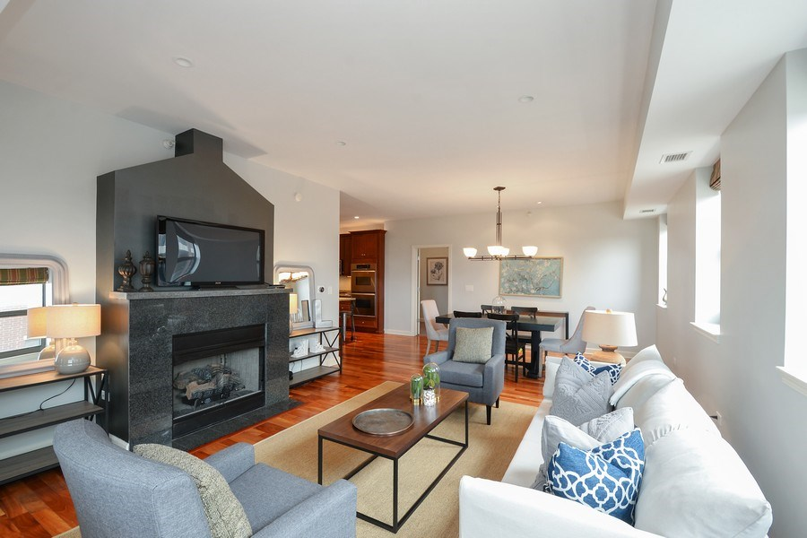 Real Estate Photography - 1111 S State, unit 507, Chicago, IL, 60605 - Living Room