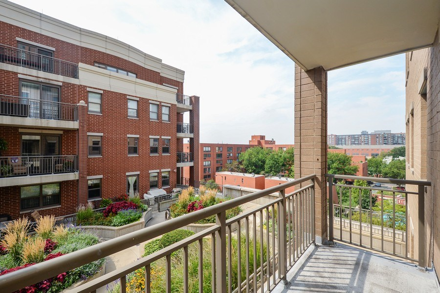 Real Estate Photography - 1111 S State, unit 507, Chicago, IL, 60605 - Location 1