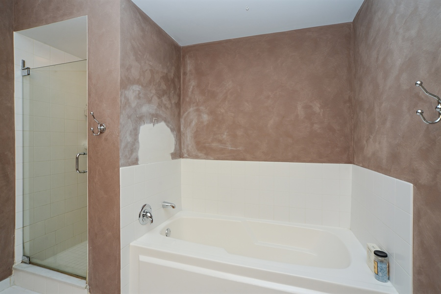 Real Estate Photography - 1111 S State, unit 507, Chicago, IL, 60605 - Master Bathroom