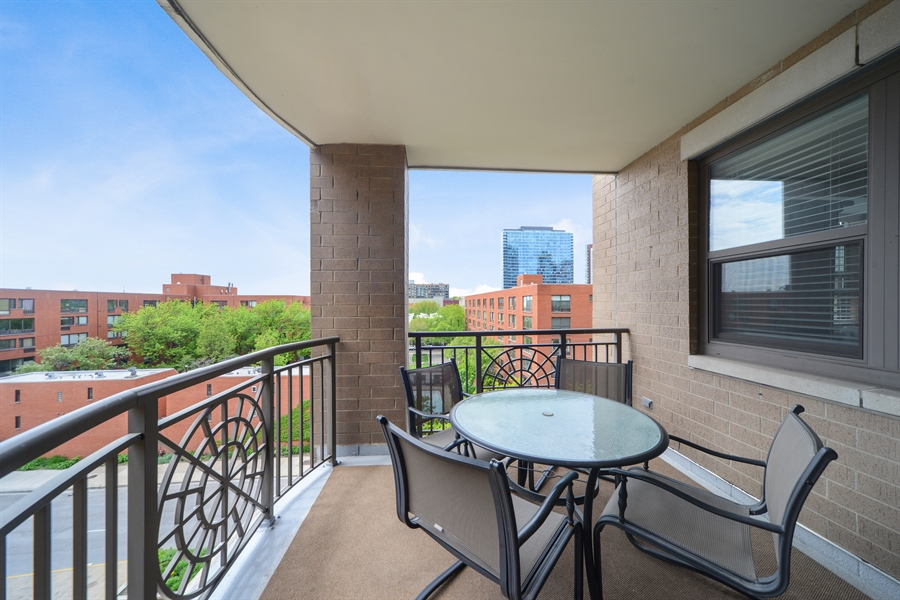 Real Estate Photography - 1111 S State, unit 507, Chicago, IL, 60605 - Balcony