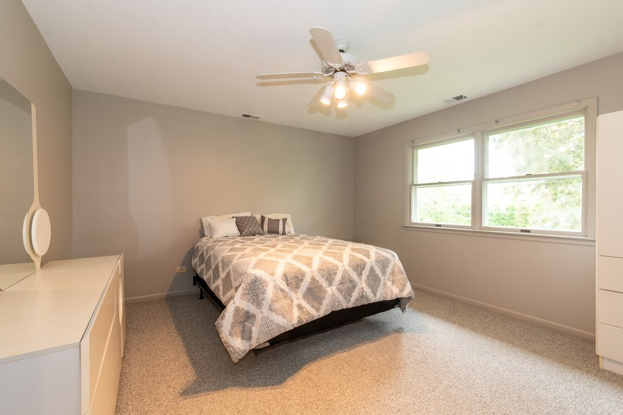 Real Estate Photography - 1930 Phillips, Northbrook, IL, 60062 - 2nd Bedroom