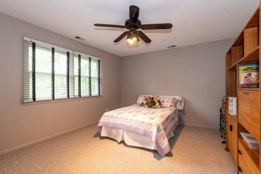 Real Estate Photography - 1930 Phillips, Northbrook, IL, 60062 - 3rd bedroom