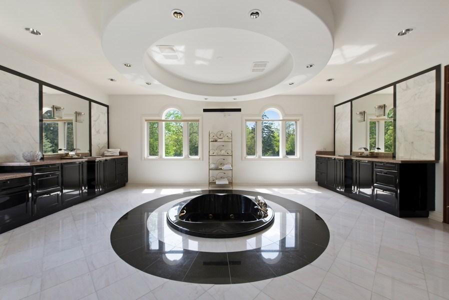 Real Estate Photography - 67 Laurel, Highland Park, IL, 60035 - Master Bathroom