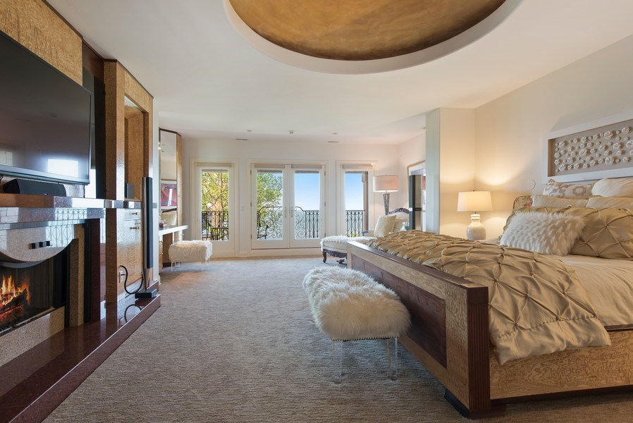 Real Estate Photography - 67 Laurel, Highland Park, IL, 60035 - Master Bedroom