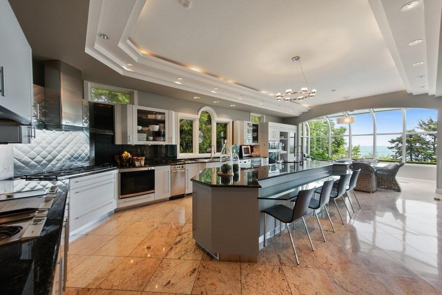 Real Estate Photography - 67 Laurel, Highland Park, IL, 60035 - Kitchen / Breakfast Room