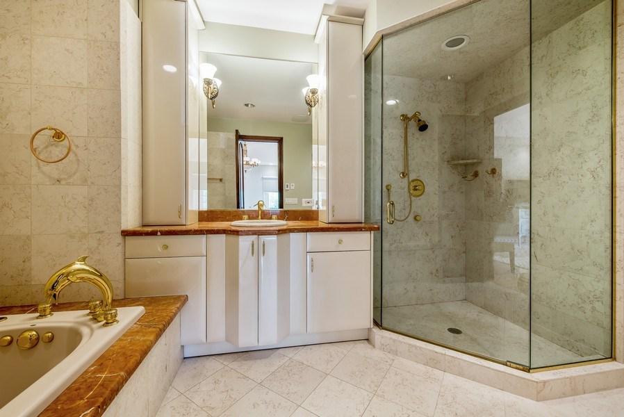 Real Estate Photography - 67 Laurel, Highland Park, IL, 60035 - 2nd Bathroom