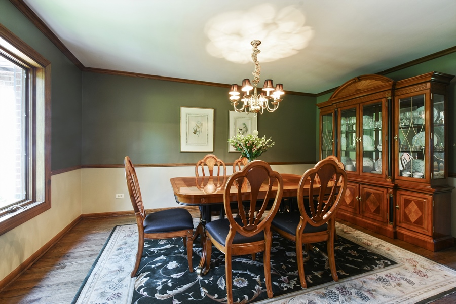 Real Estate Photography - 27948 W Kelsey Rd, Lake Barrington, IL, 60010 - Dining Room