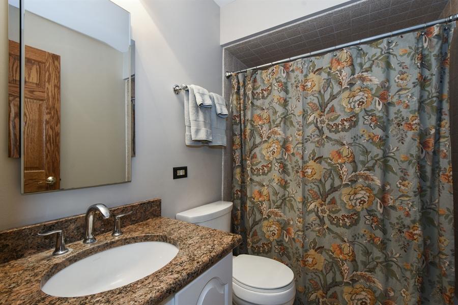 Real Estate Photography - 27948 W Kelsey Rd, Lake Barrington, IL, 60010 - Bathroom
