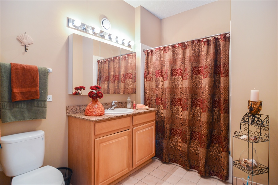 Real Estate Photography - 545 N Dearborn St, Apt 3502, Chicago, IL, 60654 - Bathroom