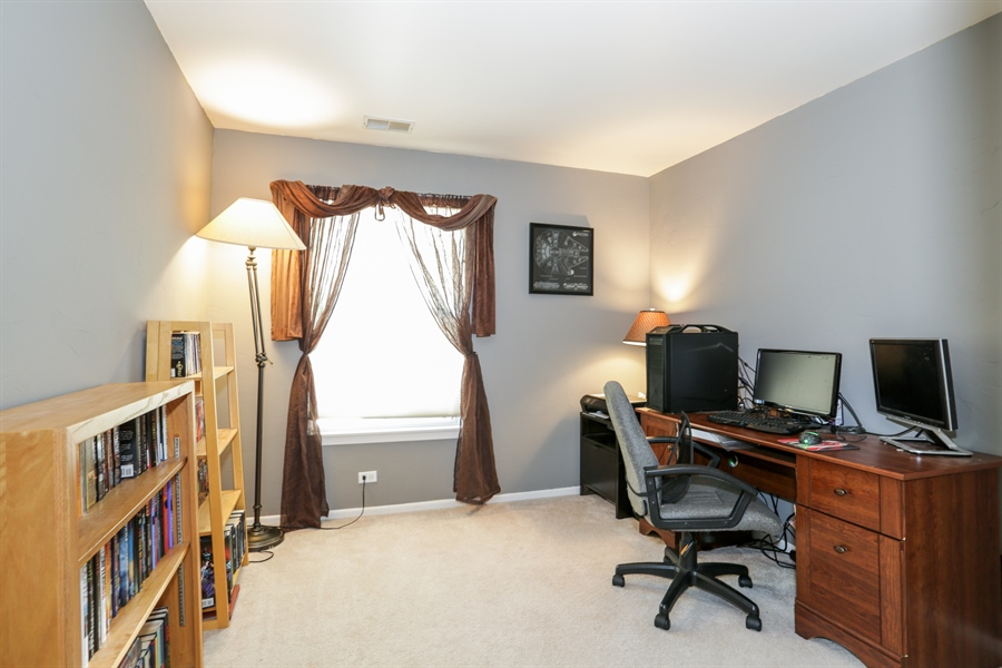 Real Estate Photography - 514 Pembrook ct. S, B, Crystal lake, IL, 60014 - 2nd Bedroom