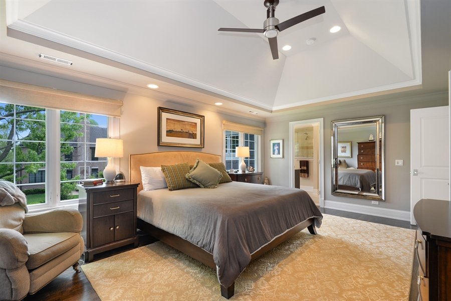 Real Estate Photography - 1001 Woodlawn, Glenview, IL, 60025 - Master Bedroom