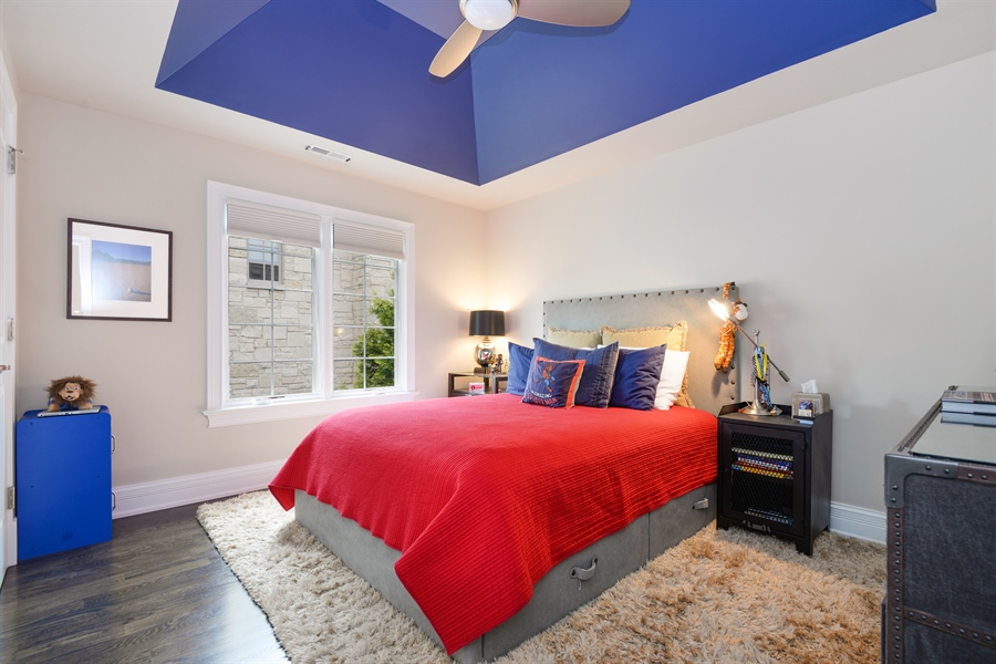 Real Estate Photography - 1001 Woodlawn, Glenview, IL, 60025 - 2nd Bedroom