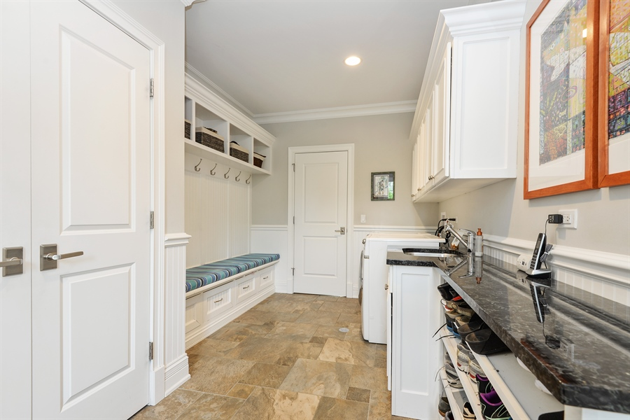 Real Estate Photography - 1001 Woodlawn, Glenview, IL, 60025 - Mudroom
