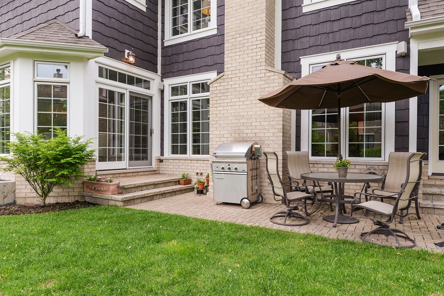 Real Estate Photography - 1001 Woodlawn, Glenview, IL, 60025 - Patio